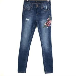 Harper Jeans Floral Embroidered Skinny  High Rise